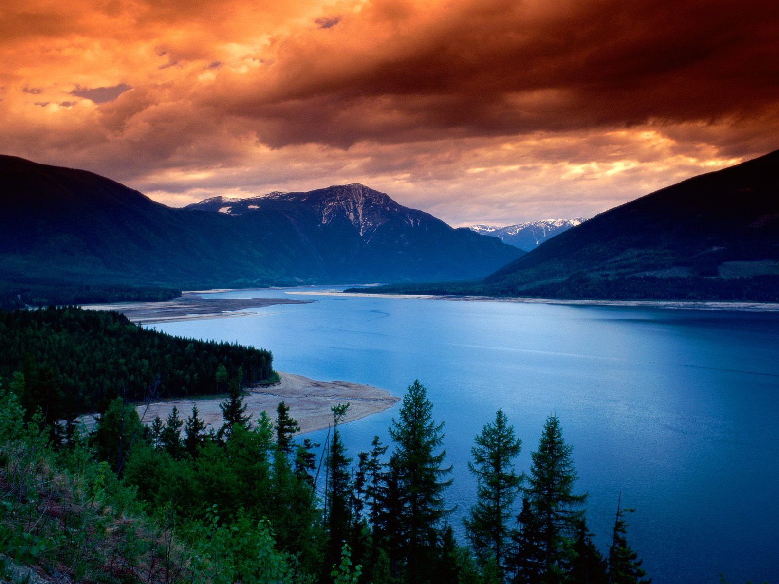 fond d'écran lac au Canada